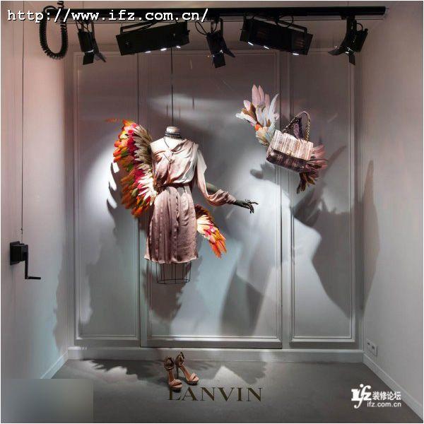 服装店橱窗设计图展示